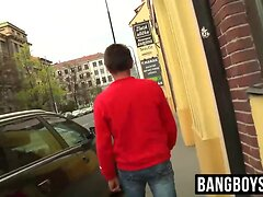 Hitchhiker gets banged by a horny gay