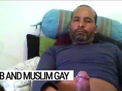 Arab gay Libyan daddy soldier: huge, brown, juicy dick