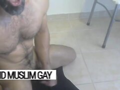 Cum on me, sex bomb!