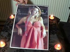 holly willoughby cum tribute 4.mp4